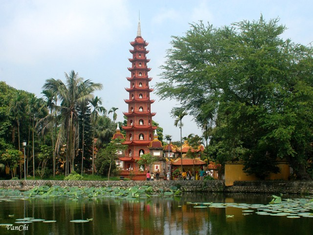 Tran Quoc Pagoda among world's ten most incredible pagodas